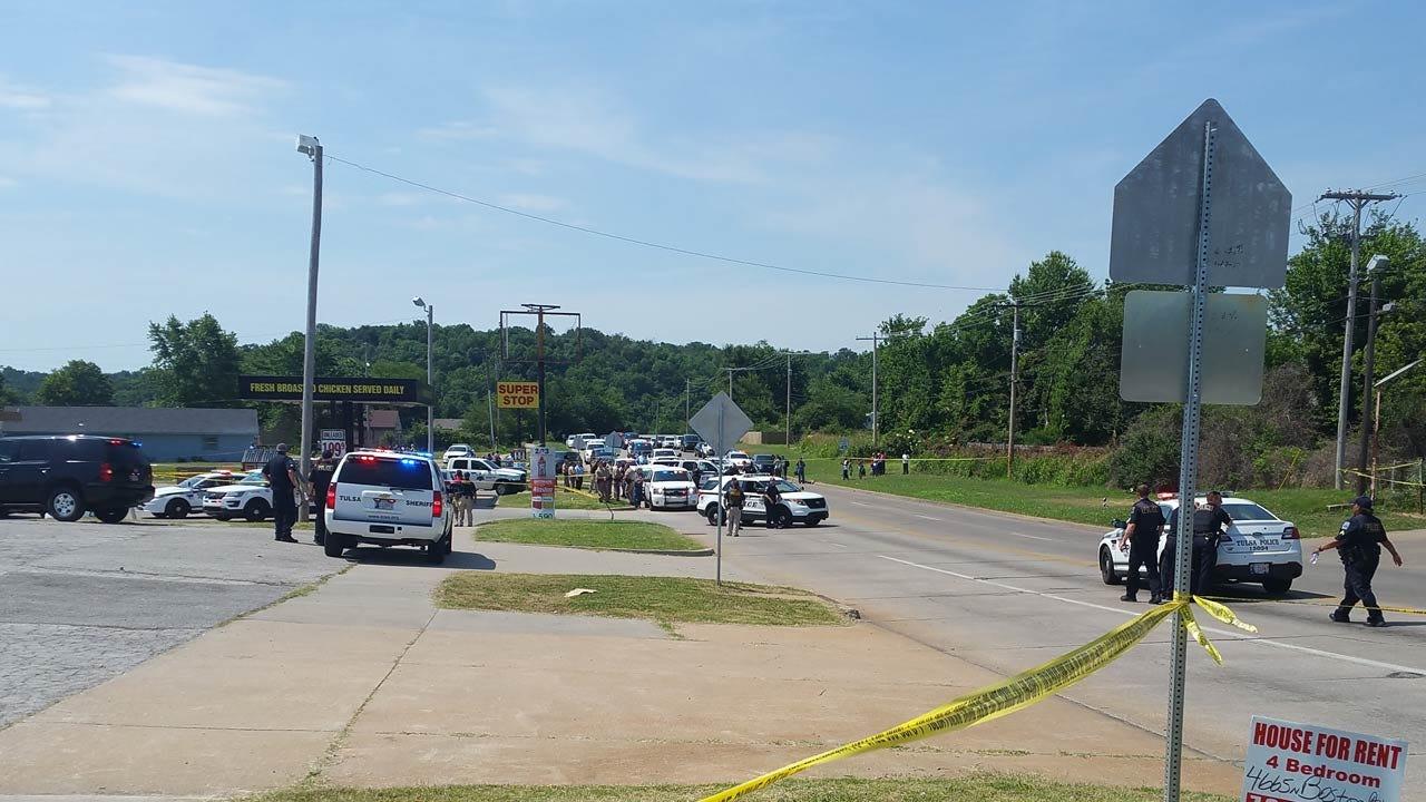 Deputies, Police Officer Shoot, Kill Man At Tulsa Convenience Store