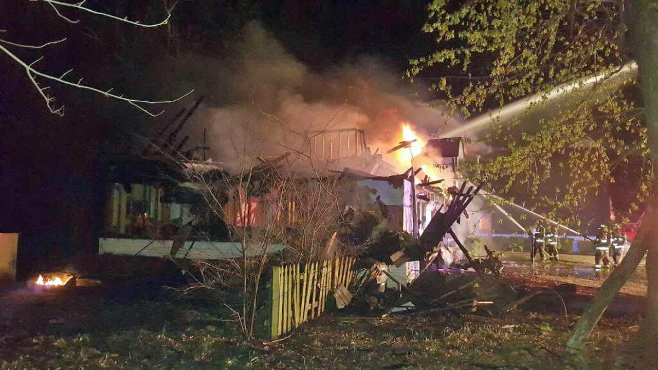 Fire Destroys Vacant Bever Family Home In Broken Arrow