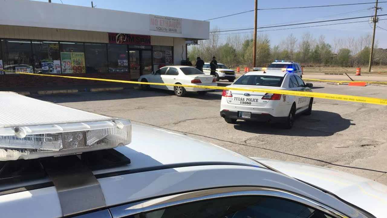 Police Investigate Fatal Shooting At Tulsa Convenience Store