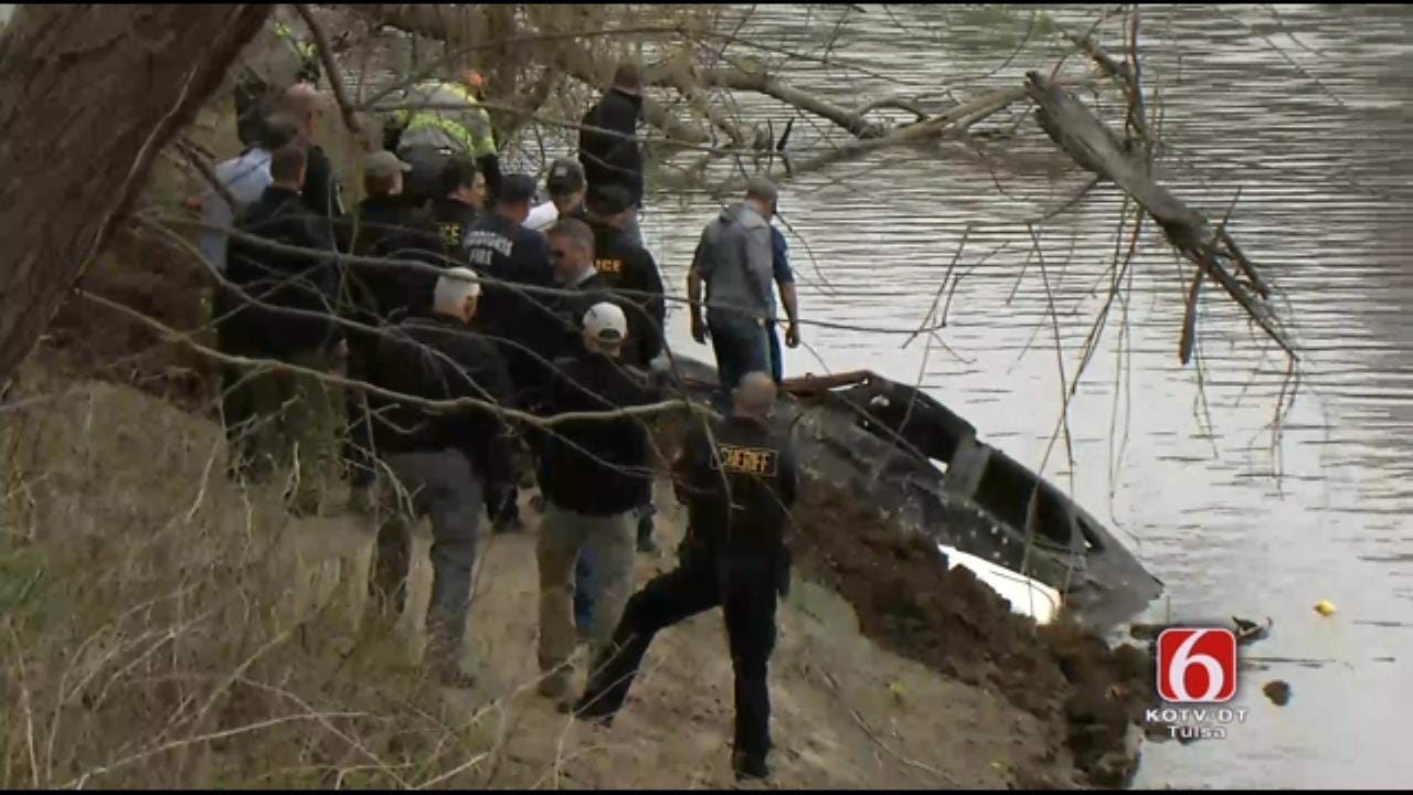 No Body Found In Vehicle Pulled From Verdigris River