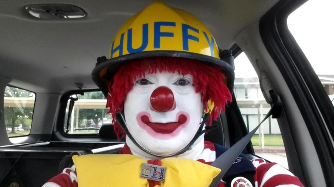 Tulsa Fire's 'Huffy The Clown' Hanging Up His Helmet