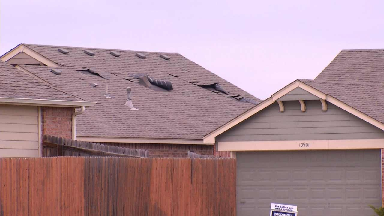 As OK Severe Weather Season Starts, Roofers Get Busy