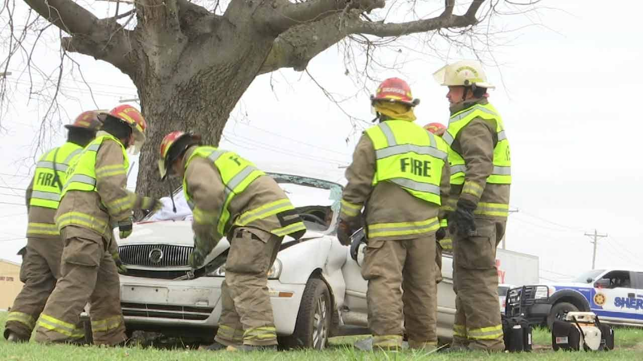 Hominy Crash Simulation Shows Real-Life Dangers Of Distracted Driving