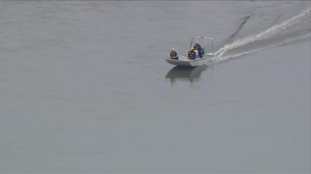 Tulsa Firefighters Call Off Search For Man Who Reportedly Jumped Off Bridge