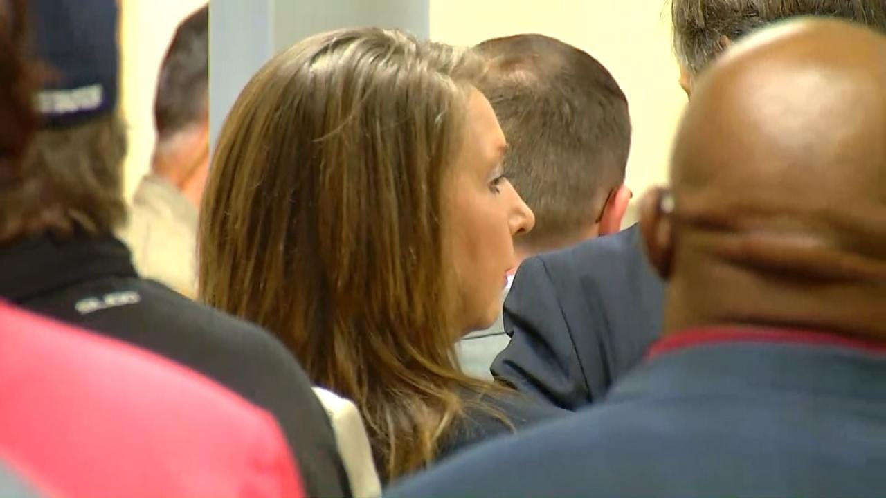 Opening Statements Conclude In Betty Shelby Manslaughter Trial