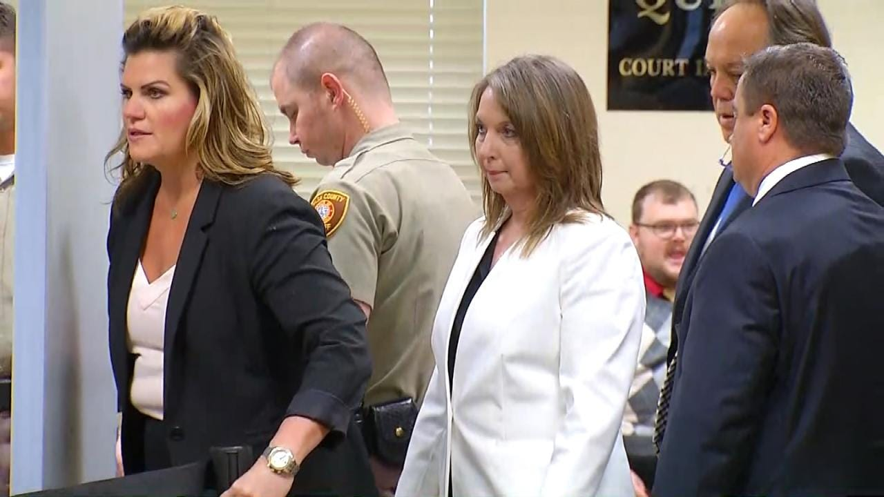 Betty Shelby Takes The Stand On Day 6 Of Manslaughter Trial