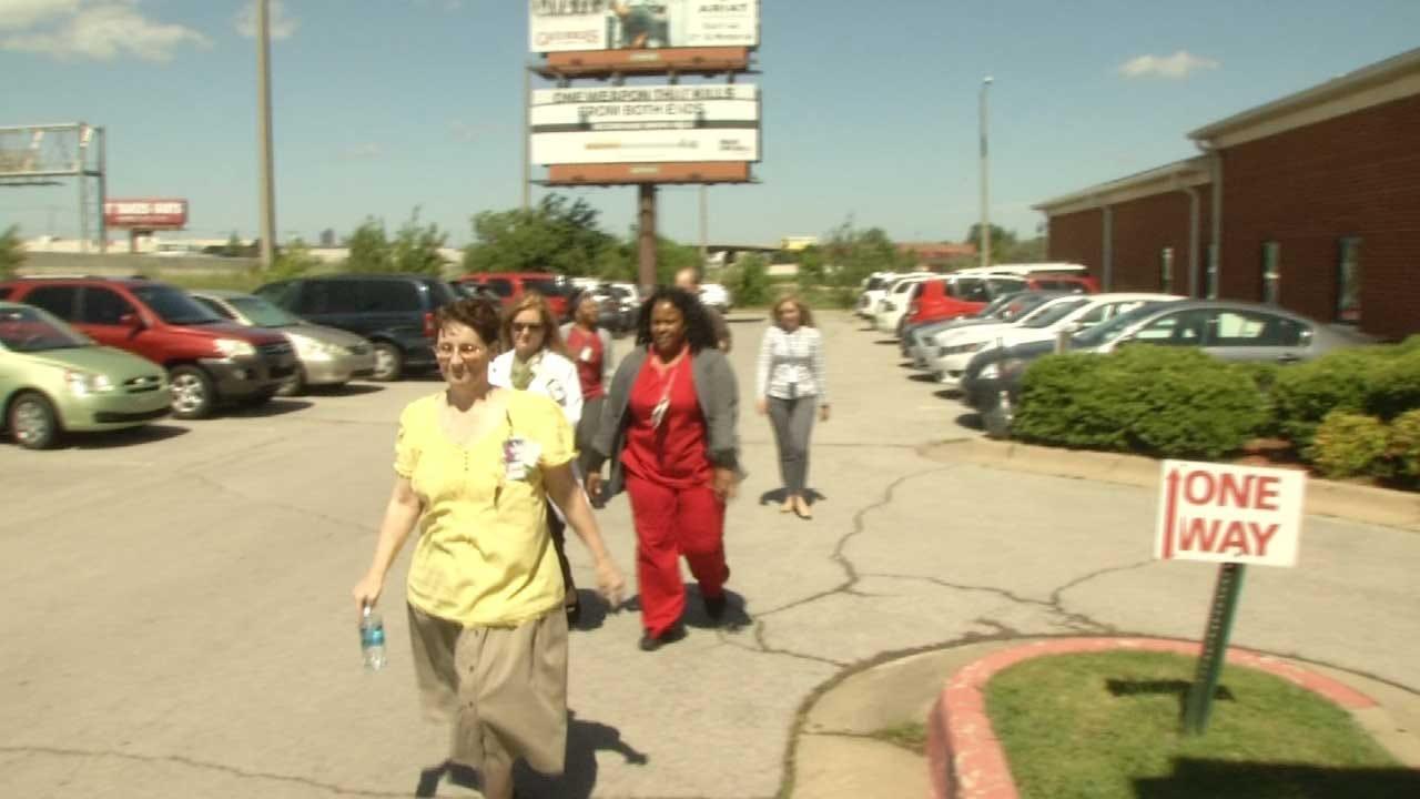 Tulsans Participate In VA 2K Walk To Benefit Veterans Health