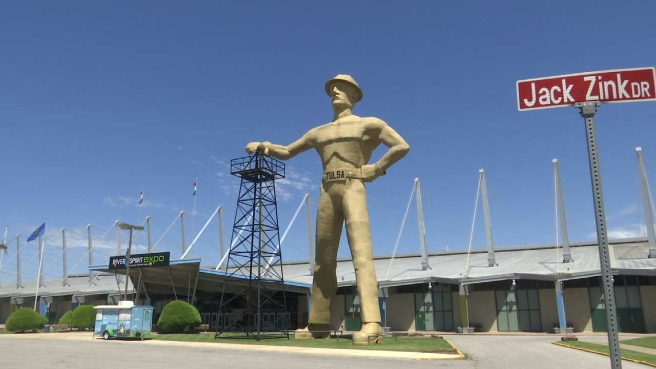 French Amusement Park Uses Golden Driller To Inspire Newest Ride