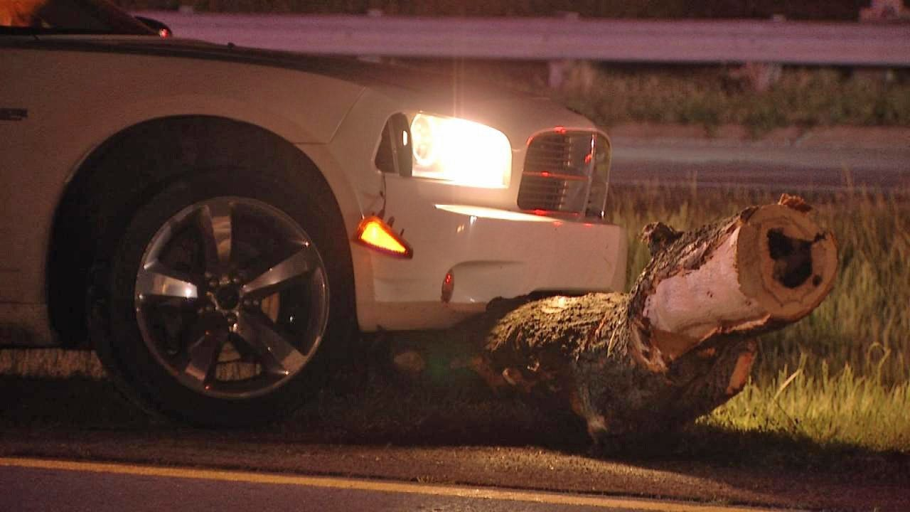 3 Vehicles Crash After Hitting Logs On Highway 75