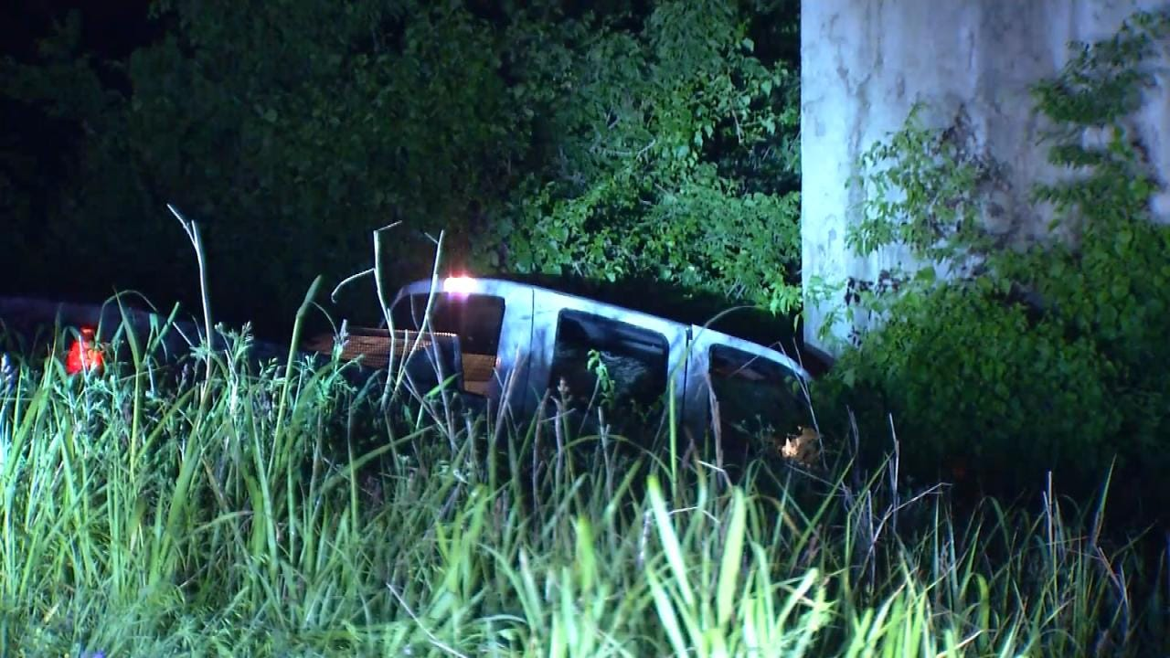 3 Injured In Rogers County Crash After Driver Falls Asleep