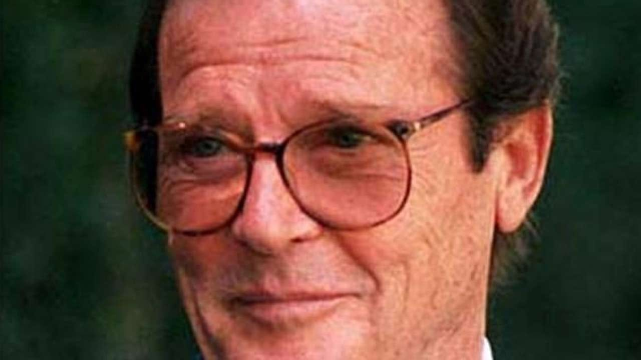 Former James Bond Actor Sir Roger Moore Dies