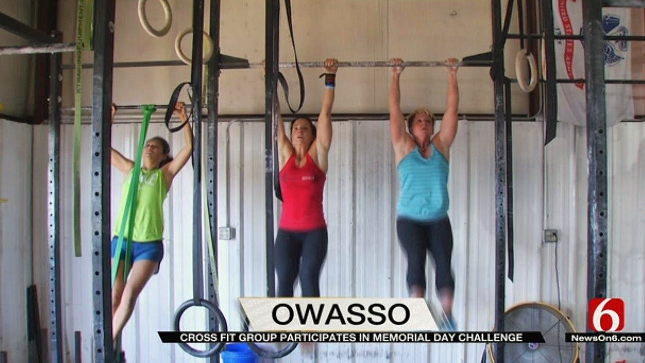 Owasso Cross Fit Group Honors Fallen Navy Seal