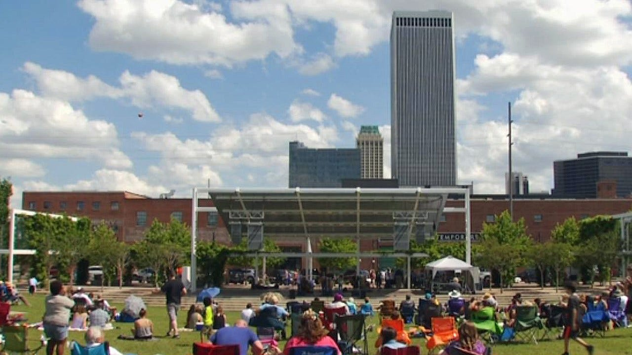 Rowdy Bunch Music Festival Takes Over Guthrie Green