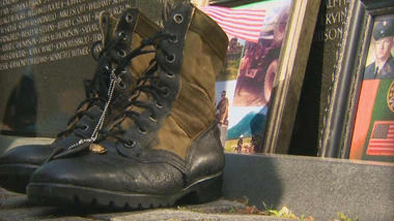 Mementos On The Wall: Remembering Vietnam Veterans