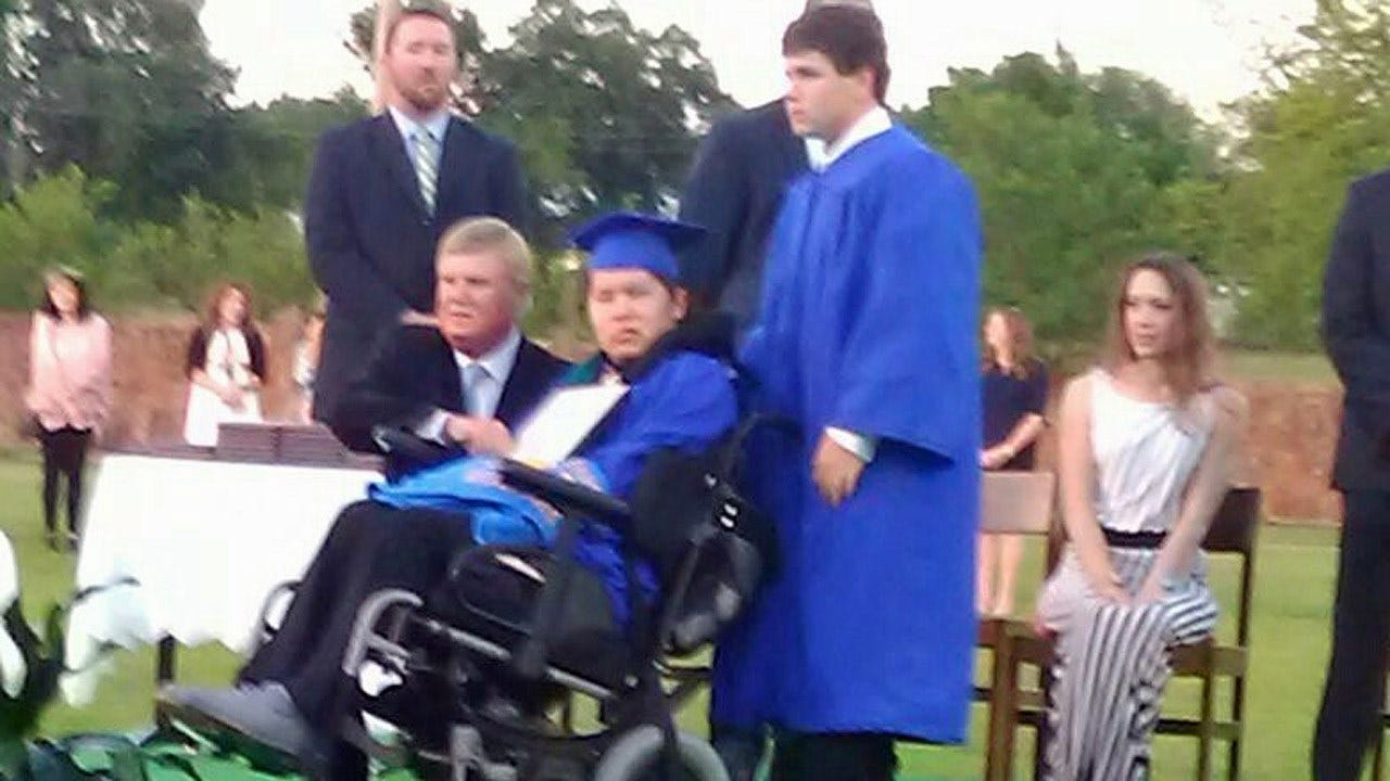 Holdenville Teen Crosses Graduation Stage, 8 Months After Injury