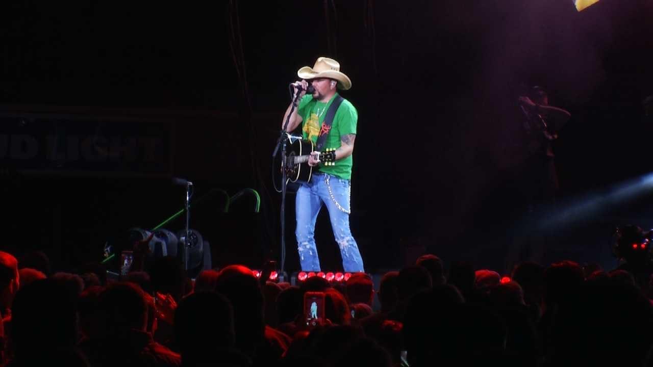 Jason Aldean Defiant As He Resumes Tour In Tulsa