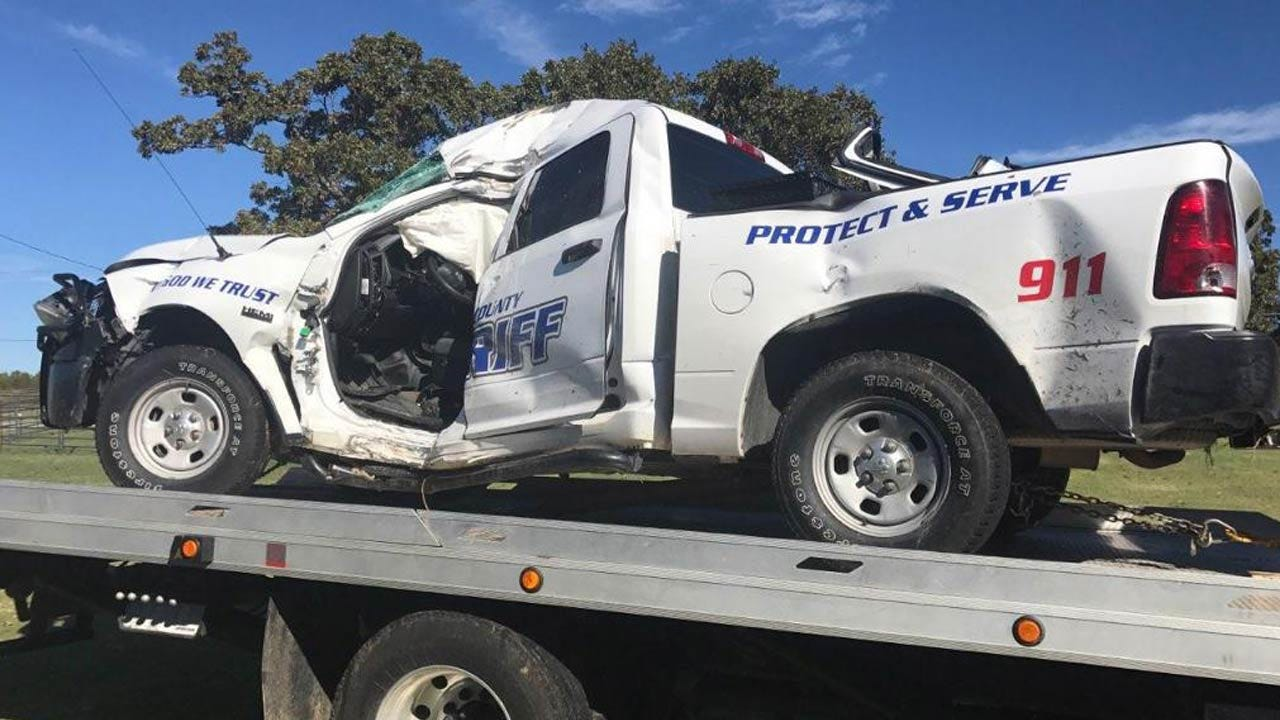 Pittsburg County Deputy Hurt In Early Morning Crash