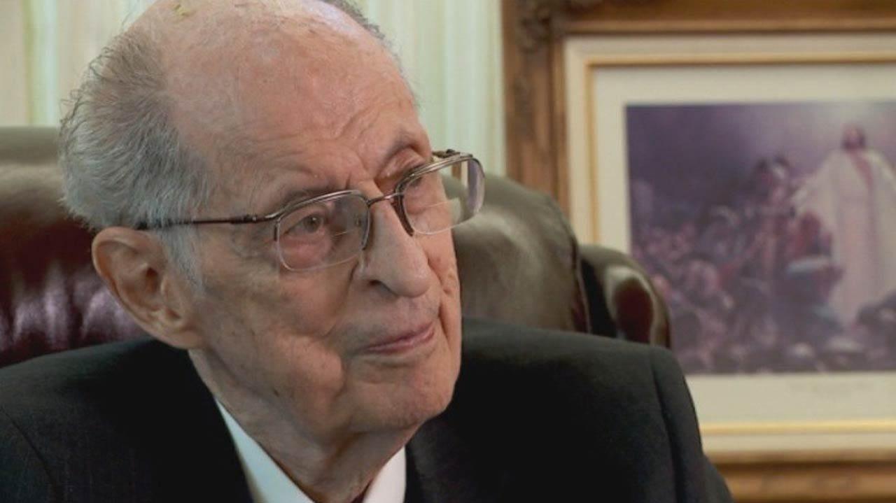 Top-Ranking Mormon Leader, Dead At 85