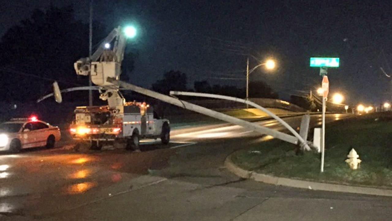 Two Juveniles Arrested After Tulsa Chase, Crash