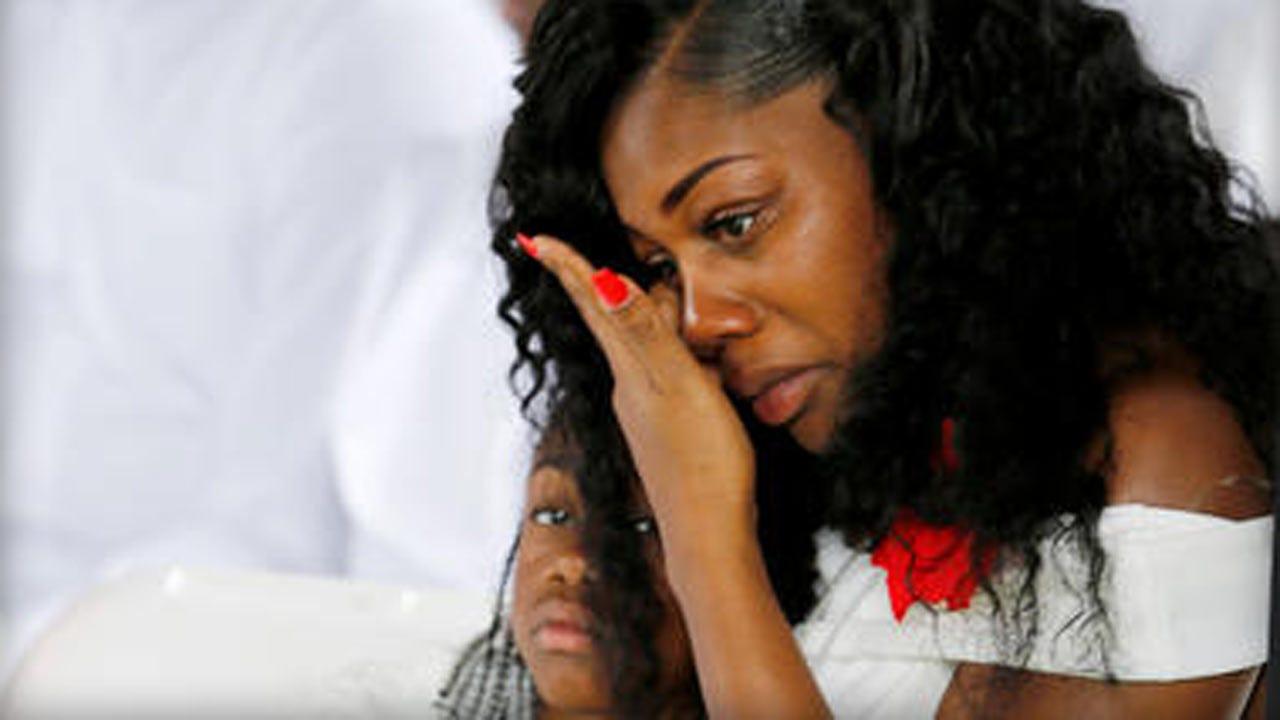 Fallen Soldier's Widow Says Trump Call Left Her 'Upset And Hurt'
