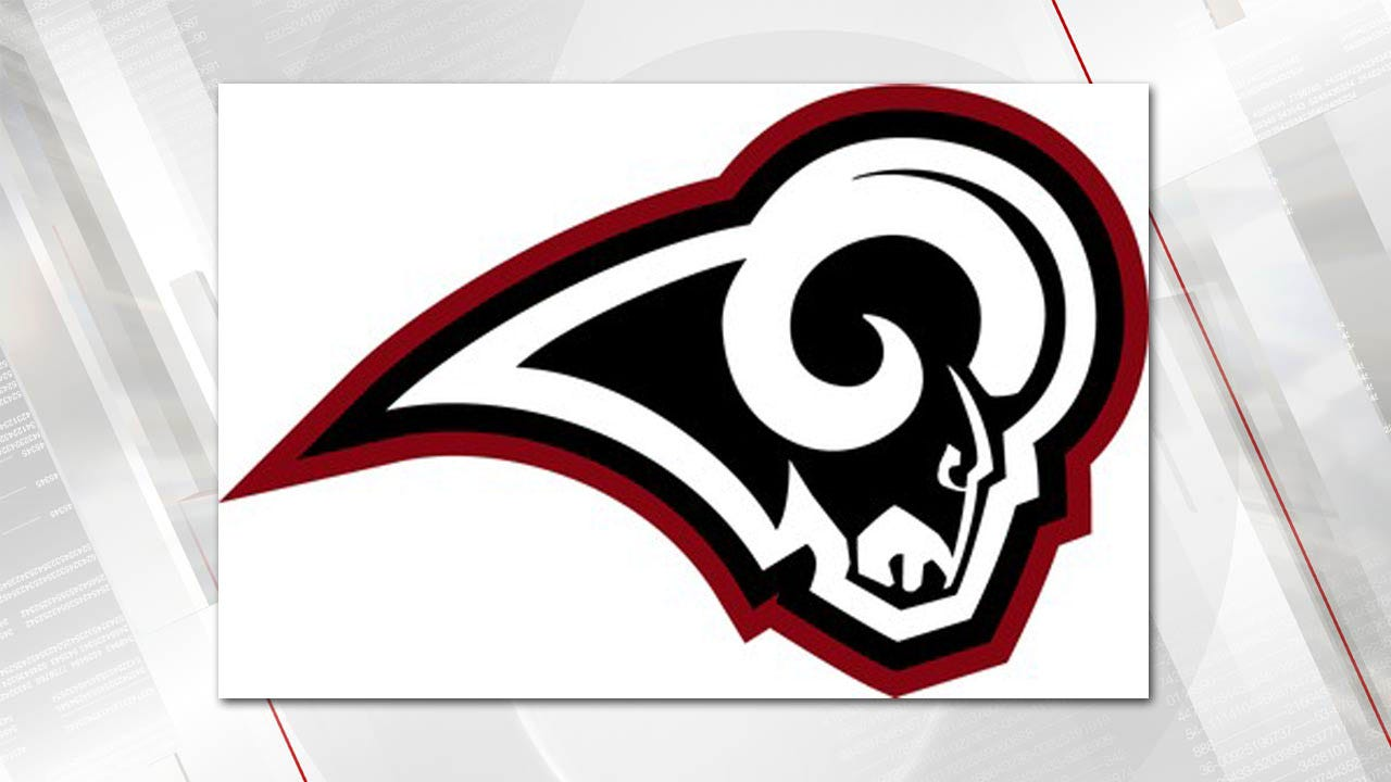 Owasso Beats Moore In 52-6 Blowout