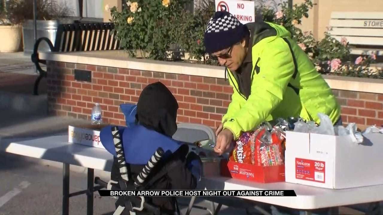Broken Arrow Police Connect With Community