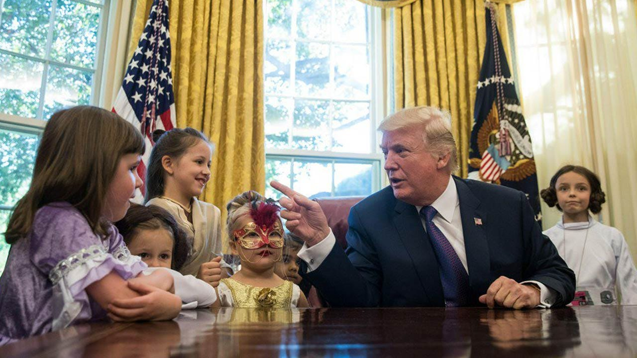 Trump Invites Reporters' Kids In Costume Into The Oval Office