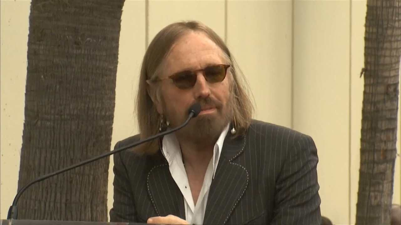 Tom Petty Dead At 66, Manager Says