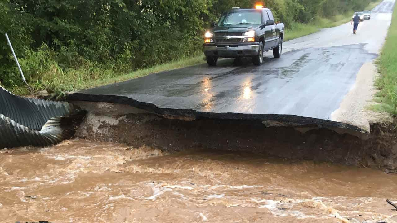 Heavy Rain Causing Flash Flooding In Green County