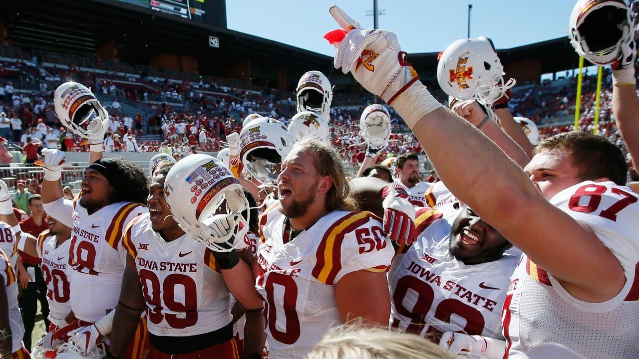 3rd String QB Rallies Iowa State Past No. 3 Oklahoma