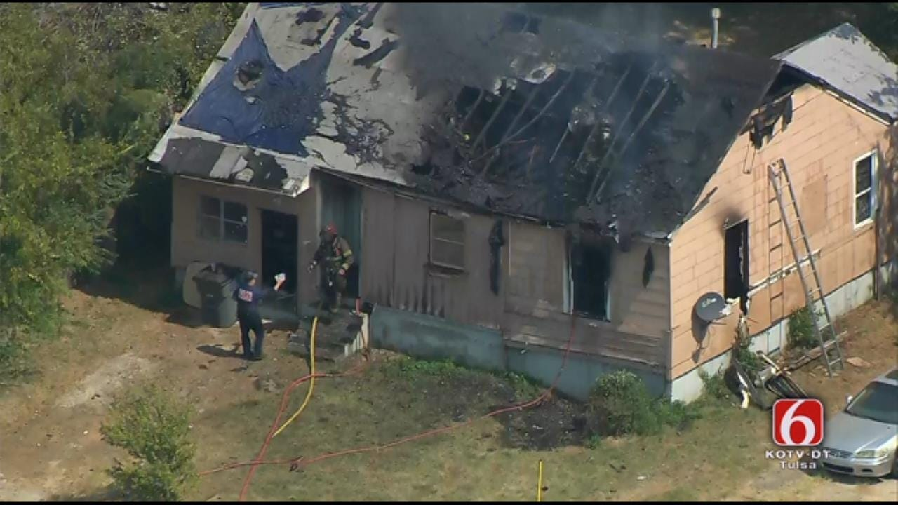 Fire Breaks Out At Tulsa Home