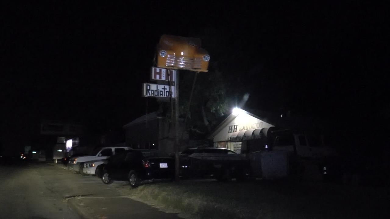 Workers At Tulsa Radiator Repair Shop Robbed At Gunpoint