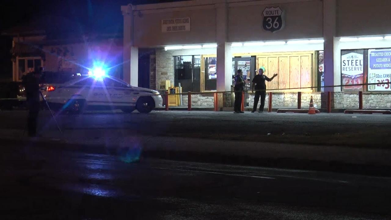 TPD Searches For Suspect In Deadly Shooting At Store