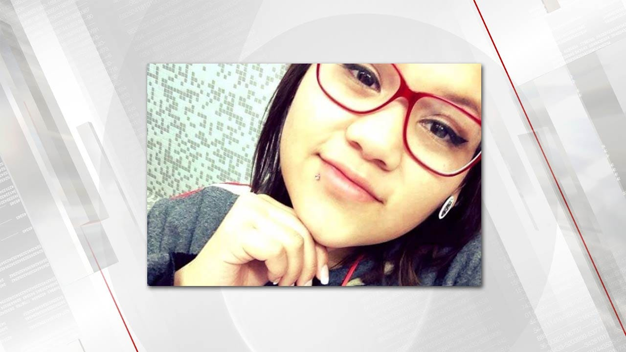 Tulsa-Area Teen Killed In Car Crash On First Day Of New Job