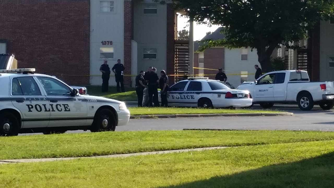 Police: Woman Found Stabbed To Death Inside Tulsa Apartment