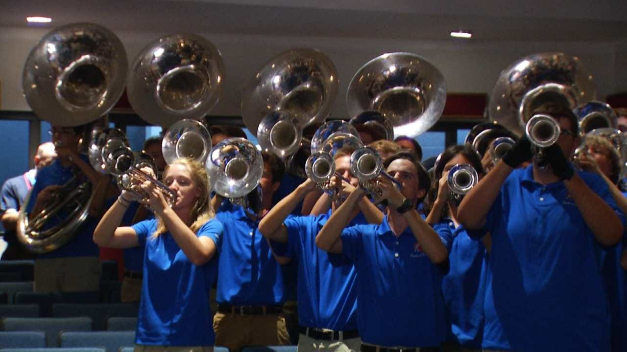 Pride Of Bixby Marching Band To Ring In 2019 In London