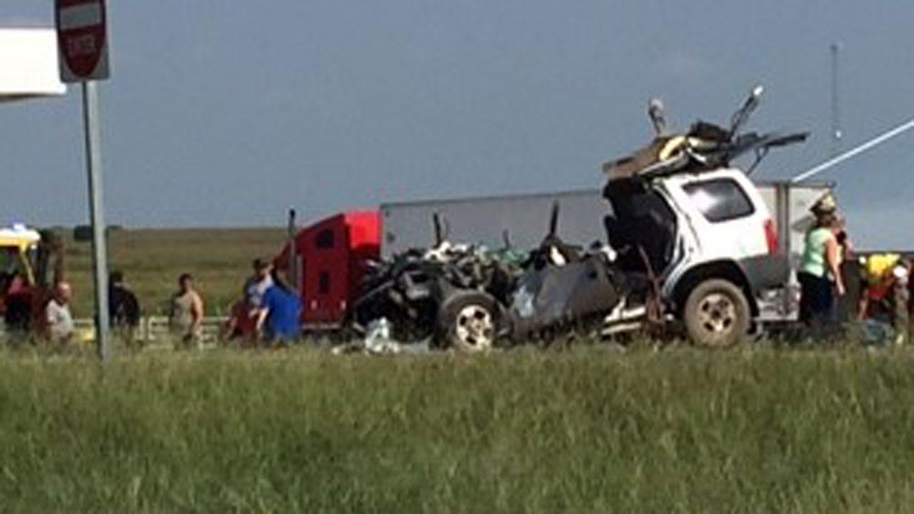 OHP: Inattentive Driving To Blame For SUV, Semi Crash Near Ochelata