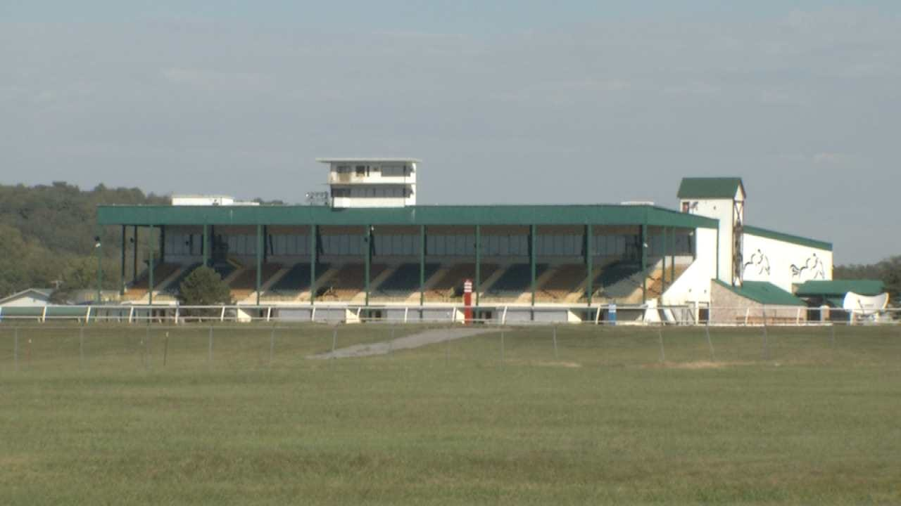 Jockey Dies Following Accident At Will Rogers Downs