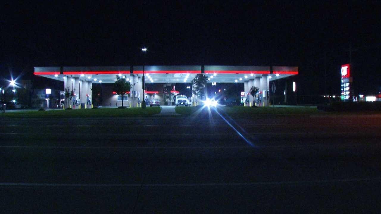 Woman Shot In Leg As She Crosses Tulsa Street