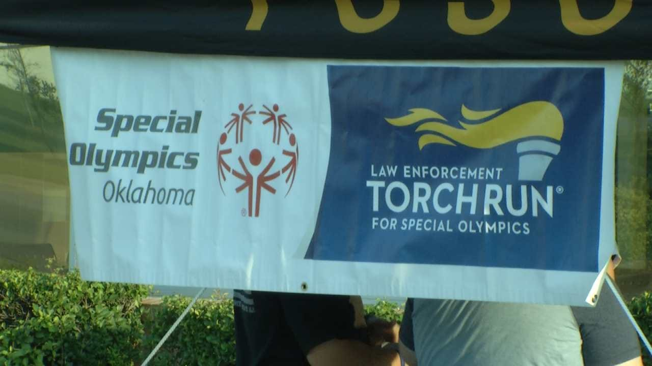 Tulsa Police And Doughnuts Support Special Olympics