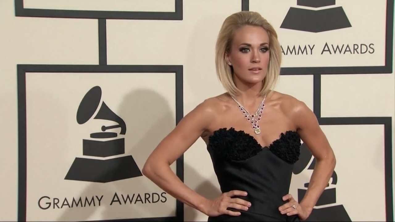 Carrie Underwood Donates Generous Gift To Checotah High School