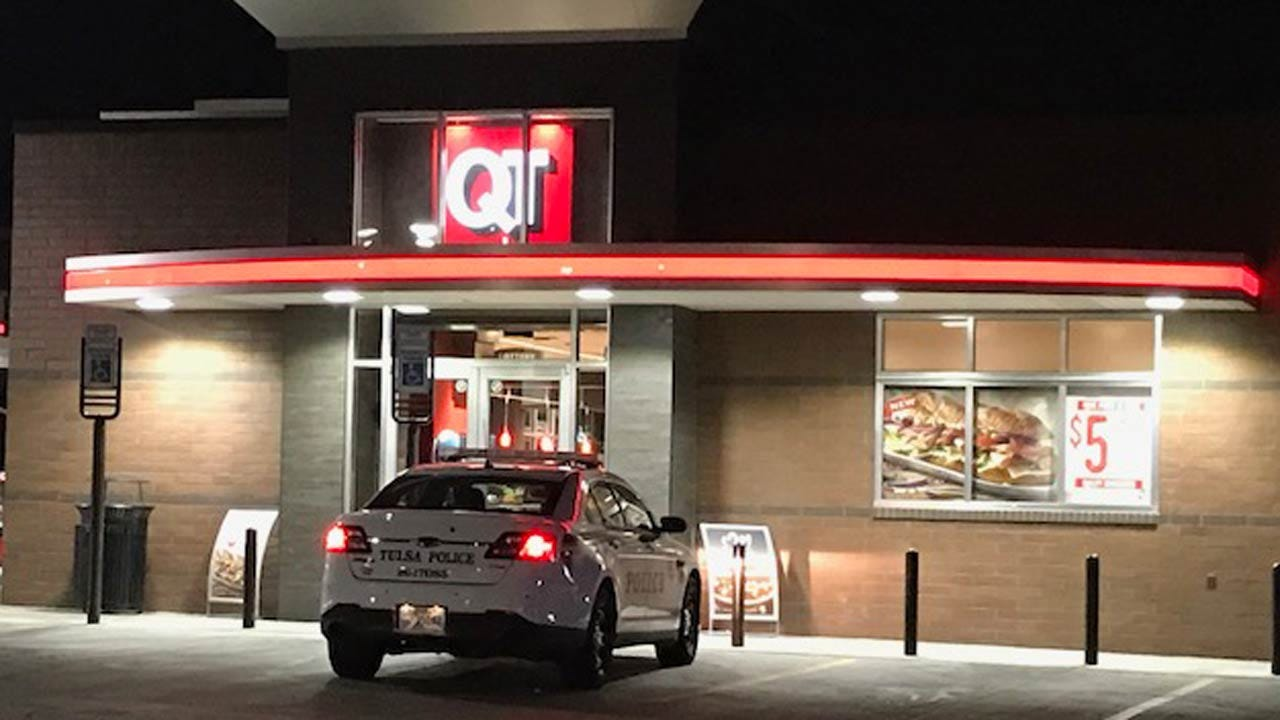 Man Armed With Knife Robs Tulsa QuikTrip, Police Say