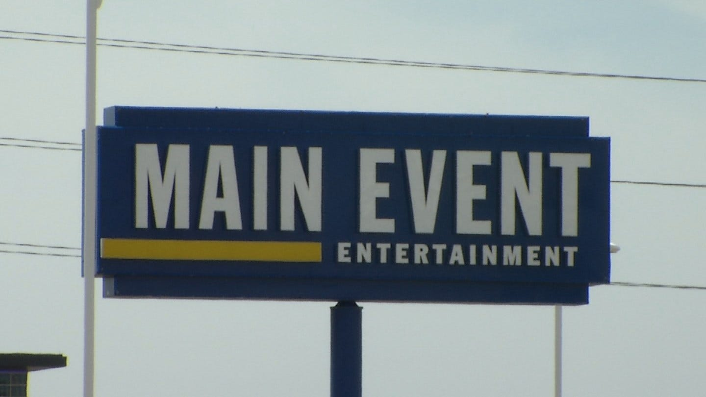 Former Employee Sues Main Event Alleging Sexual Harassment, Discrimination