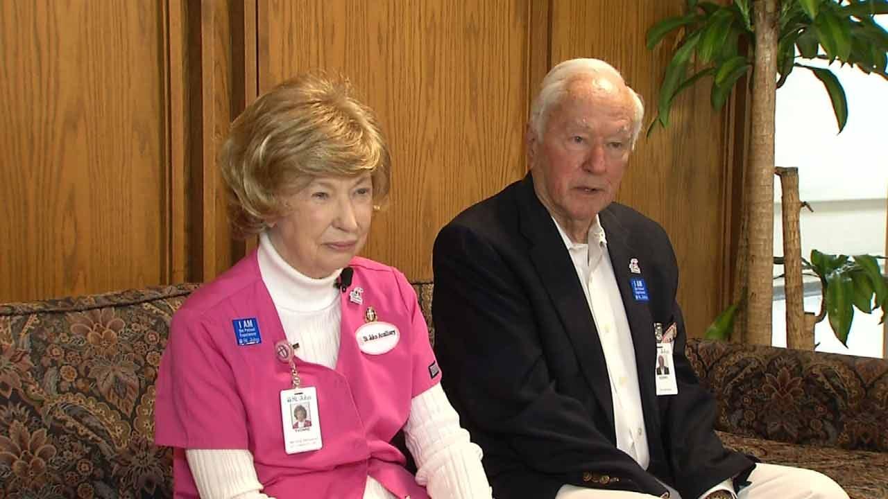 Volunteers Do Their Part To Help Tulsa Hospital Run Smoothly