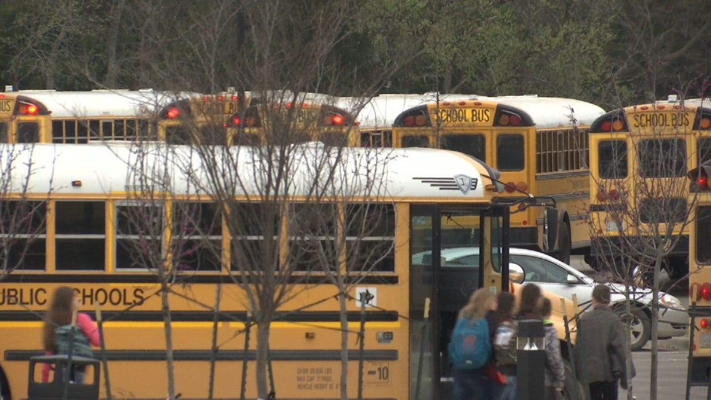Cushing Schools Remain Open Monday, But Supports The Statewide Teacher Walkout
