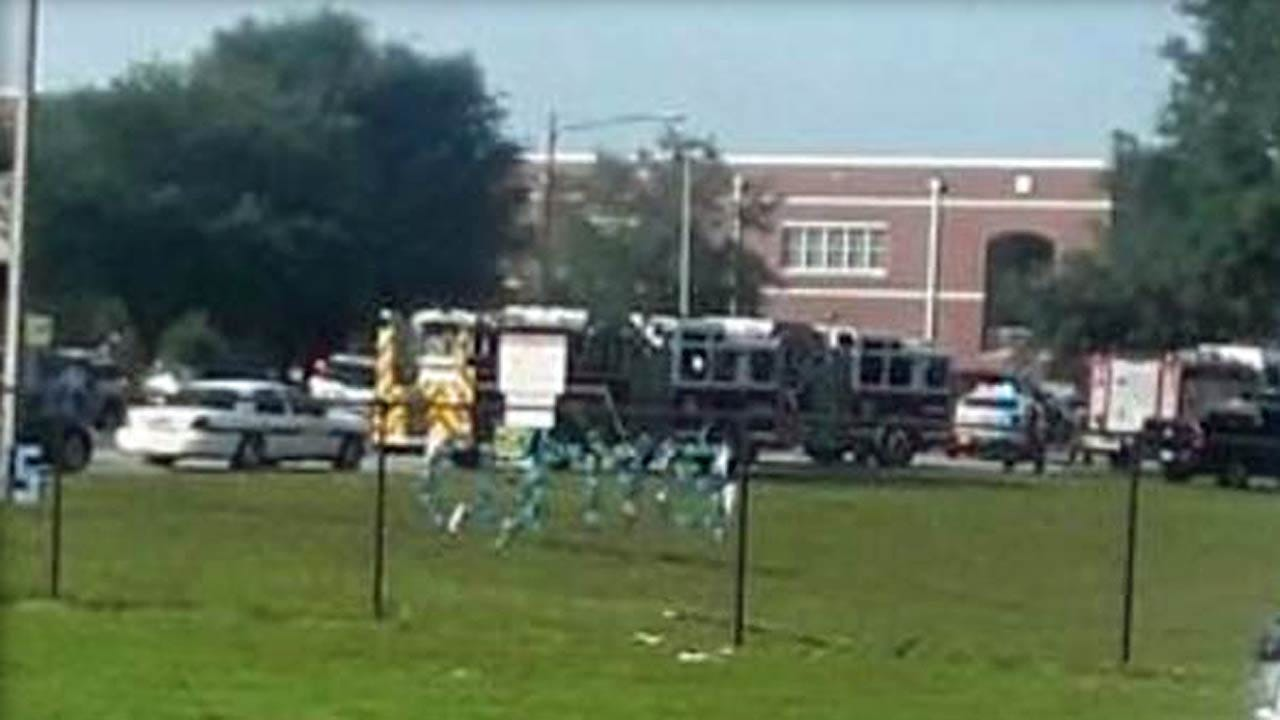 1 Injured, Suspect In Custody After Florida School Shooting