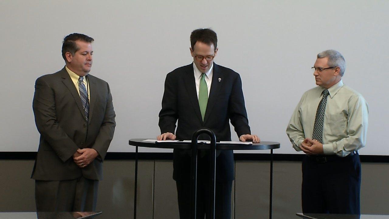 Tulsa Mayor Honors City Employees