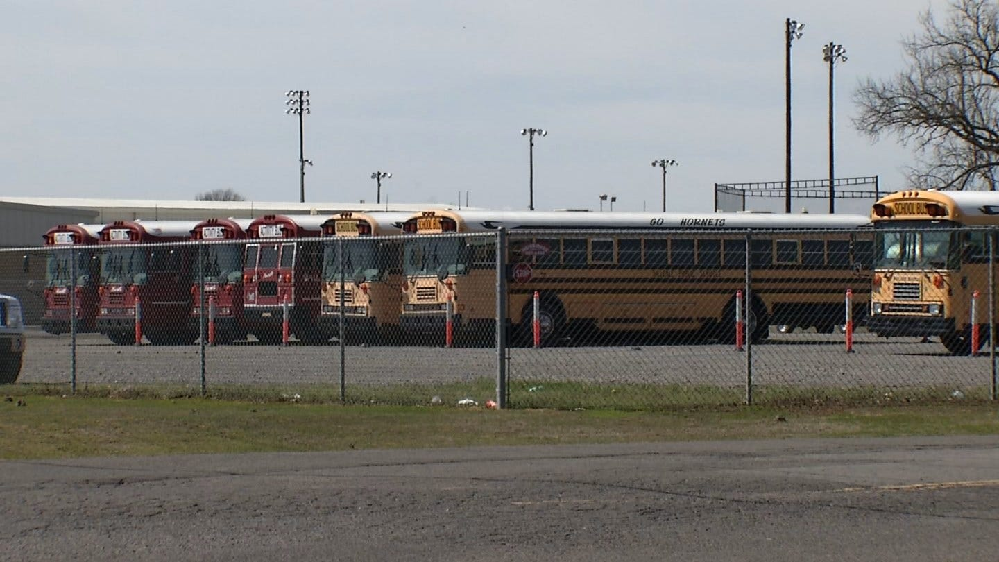Muskogee Students, Parents Frustrated By Hilldale School's Decision To Resume Classes Tuesday