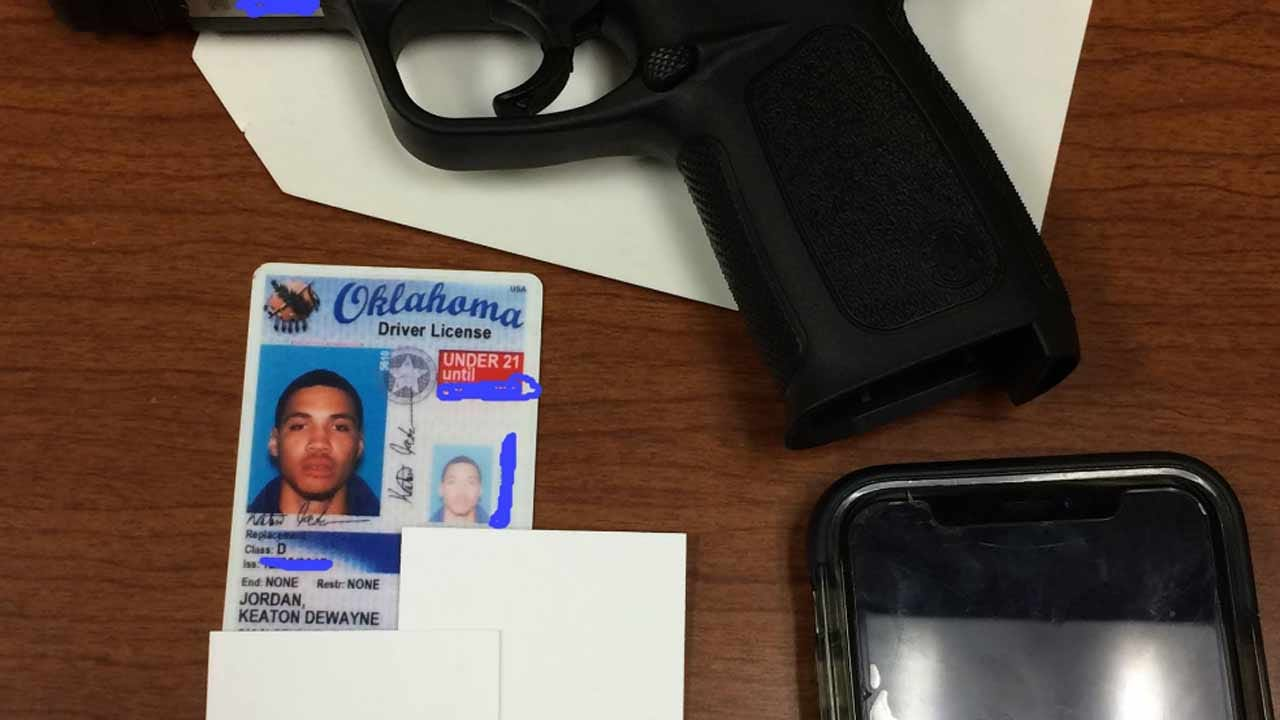 Oklahoma Man Runs From Police But Leaves Driver's License