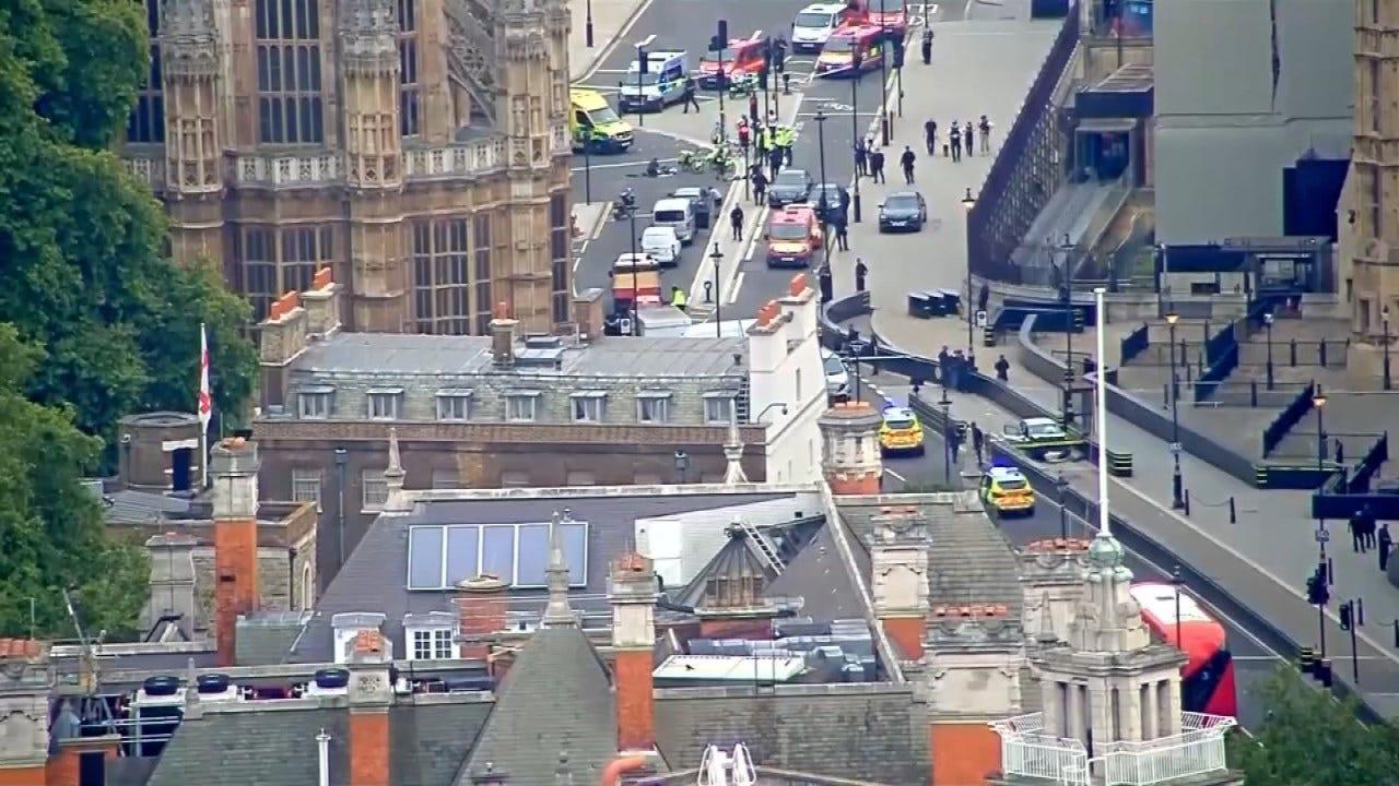 Car Rams British Parliament Gate, Driver Suspected Of Terrorism